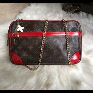 Authentic Louis Vuitton Crossbody Pochette